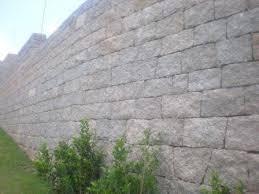 Limpeza de Pedras, Muros e Calçadas